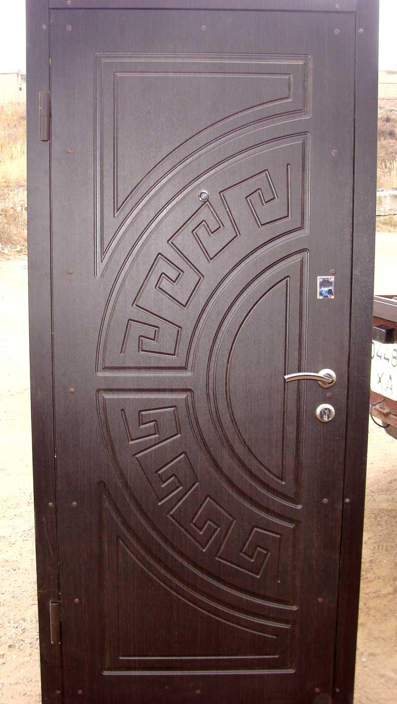 двери металлические входные из стали